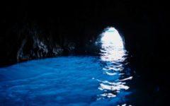 L'incanto della Grotta Azzurra a Capri: la riscoperta, la leggenda e l'amore